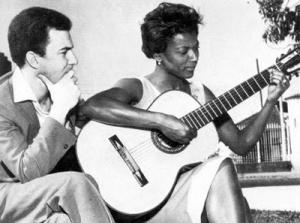 Alaíde Costa com João Gilberto