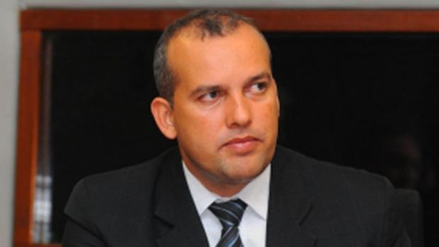 Eurípedes Jr. e Samuel Almeida não se entendem e Pros pode ficar sem cargos relevantes no governo