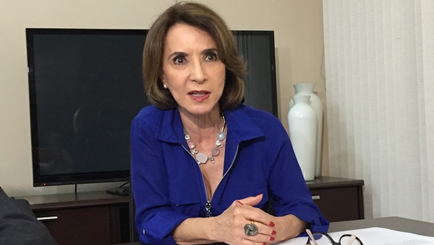 Raquel Teixeira vai debater OSs nas faculdades de Educação e Letras da UFG