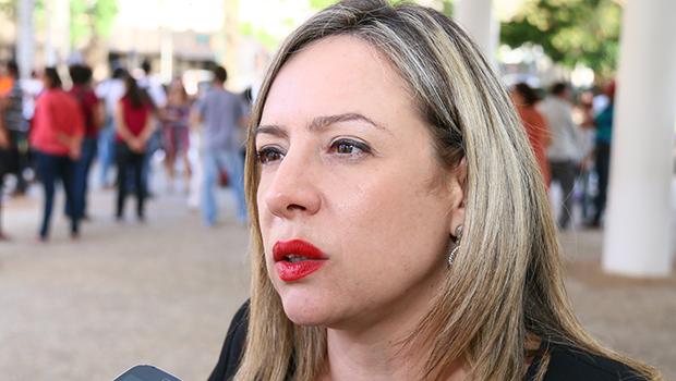 """Adriana Accorsi: """"Sou contra um investigado por corrupção na presidência da Câmara"""""""