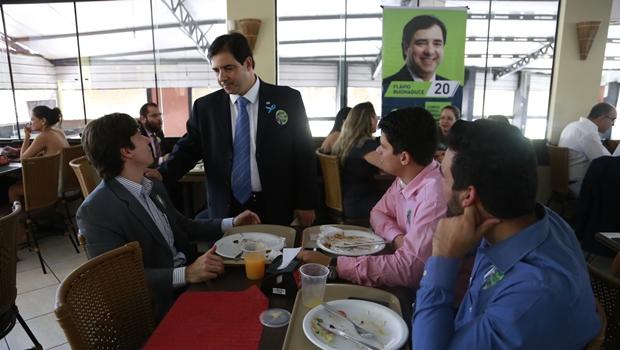 Buonaduce promove almoço com alunos de conselheiros da OAB-GO