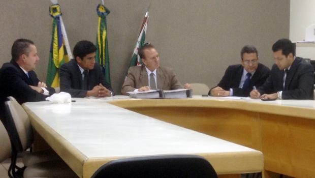Comissão analisou contas de Iris e Paulo Garcia | Ascom/Câmara