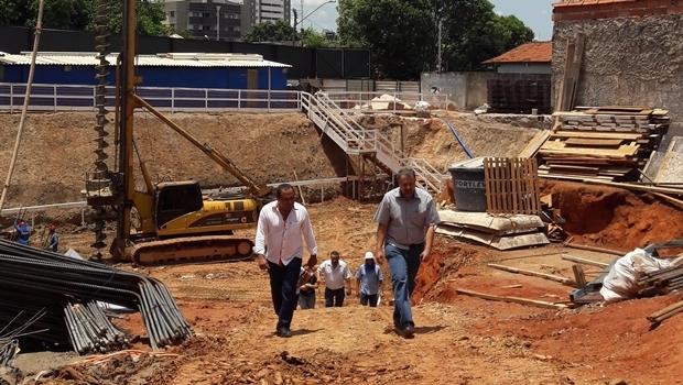 Empreendimento no Parque Amazônia, que está realizando a fundação agora, mas fora do prazo legal | Foto: Ascom Elias Vaz