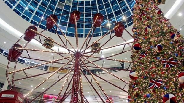 Roda-gigante faz parte da decoração de Natal do Shopping | Foto: Reprodução Instagram