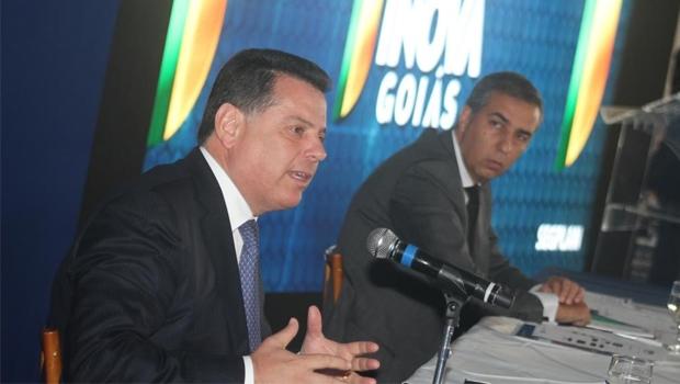 Governador e vice durante solenidade de posse | Foto: Leo Iran