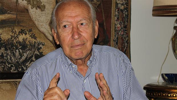Nion Albernaz é internado em UTI  de Goiânia