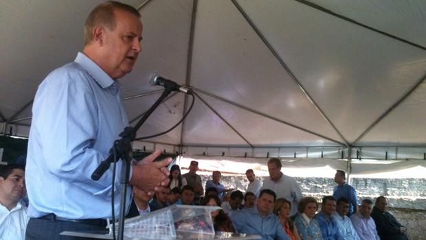 Prefeitura inaugura mais uma quadra poliesportiva