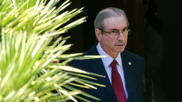 """Cunha vê """"estranheza"""" na operação da PF """"contra o PMDB"""""""