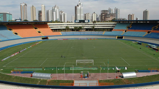 Estádio Serra Dourada pode deixar de receber jogos oficiais