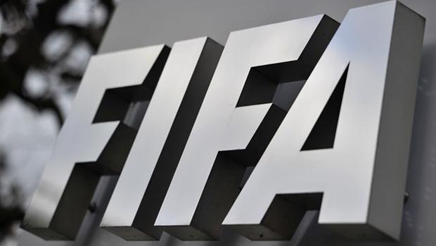 Suíça confirma detenção de dois dirigentes da Fifa suspeitos de subornos