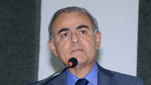 Paulo Mourão critica descumprimento da LRF
