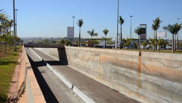 Obras do viaduto da GO-080 devem ser retomadas nesta semana