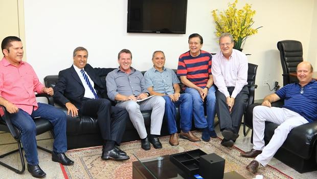 Vice-governador se reúne com pré-candidatos da base aliada