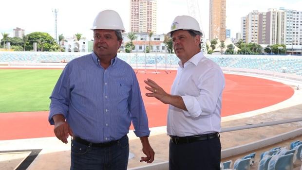 Marconi e Jayme Rincón vistoriam obras do Centro de Excelência do Esporte