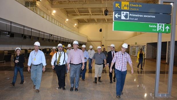 Prefeito visita obras do novo aeroporto