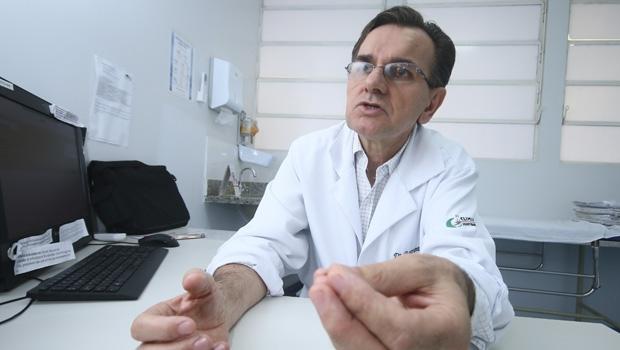 Boaventura Braz de Queiroz diz que o mau hábito é um duro adversário no combate a qualquer epidemia   Foto: Fernando Leite/ Jornal Opção