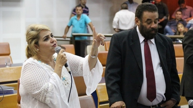 Vereadora foi avisada sobre expulsão em meio a sessão pelo então colega de legenda Paulo Magalhães | Foto: Divulgação/Câmara