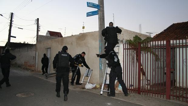Pela segurança da sociedade, papel da polícia é, sim, prender quando possível, e matar, quando for necessário