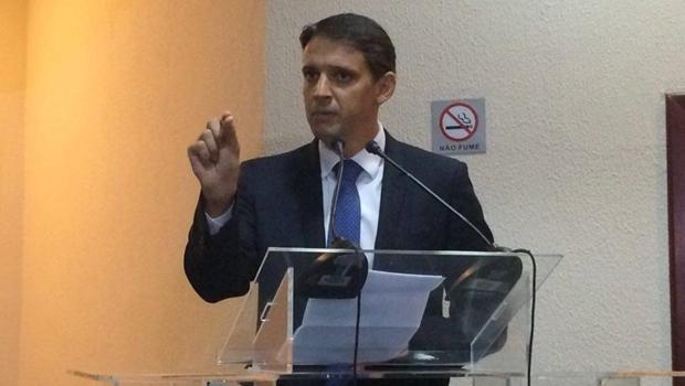 Secretário Thiago Peixoto durante posse | Foto: Larissa Quixabeira/Jornal Opção