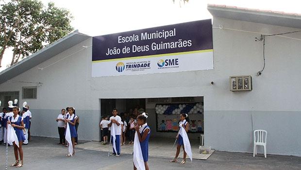 Escola que homenageia pai do ex-prefeito Valdivino Chaves foi totalmente remodelada em tempo recorde