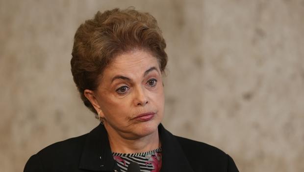 Dilma desmente interpretação de áudio e diz que entrará na Justiça contra Moro