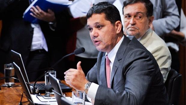 Projeto de Lei do senador Ricardo Ferraço (PSDB-ES) prevê a tranferência de passagem aérea para o nome de outra pessoa | Foto: Edilson Rodrigues/Agência Senado