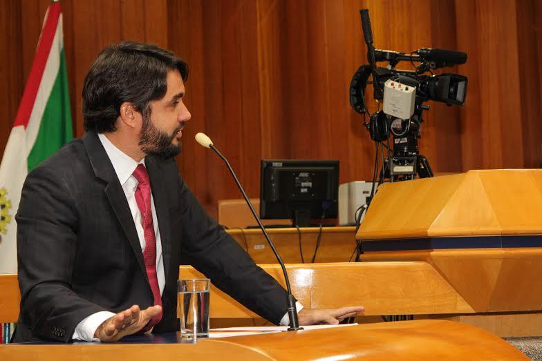 Marcelo Albuquerque anuncia o fim do Curta Mais. Mas há uma boa notícia