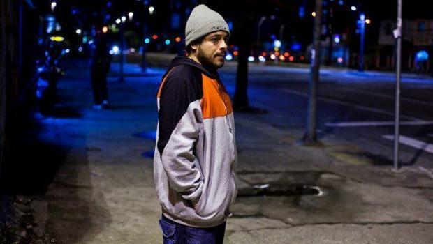 Rapper paulistano Rodrigo Ogi anuncia que estará no dia 15 de maio ao lado do Planet Hemp e Hellbenders no Bananada | Foto: Divulgação