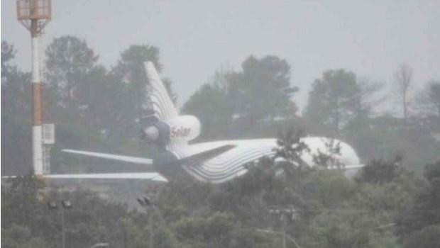 Avião-cargueiro da Venezuela faz pouso forçado no Aeroporto de Brasília