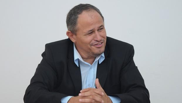 Carlos Antônio confirma apoio a Roberto do Órion em Anápolis