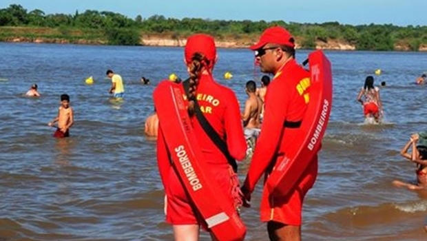 Corpo de Bombeiros reforçou o contingente em regiões turísticas de lagos, rios, cachoeiras e piscinas | Foto: reprodução / Facebook SSPAP