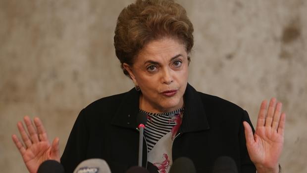 """Para Dilma, violência em protestos deste domingo seria """"desserviço para o Brasil"""""""