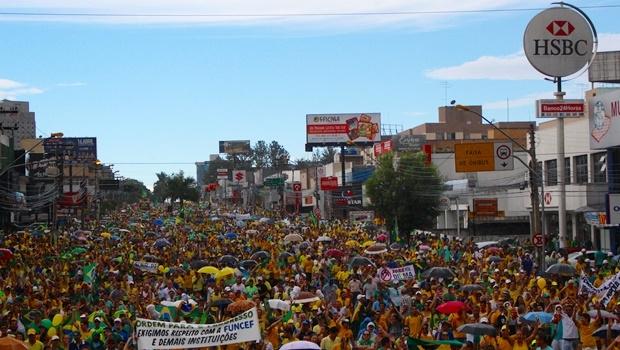 Manifestação do dia 13 de março em Goiânia | Foto: Bruna Aidar/ Jornal Opção