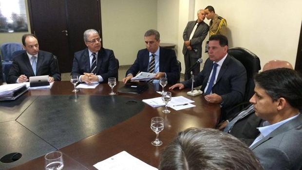 Marconi e José Eliton anunciam criação de três mil novos cargos na polícia
