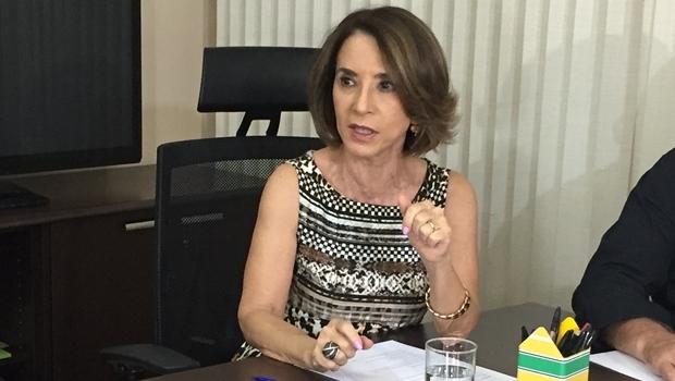 Secretária Raquel Teixeira durante entrevista | Foto: Alexandre Parrode
