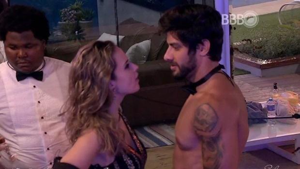 Renan e Ana Paula discutiram na festa da última sexta-feira | Foto: reprodução / Twitter