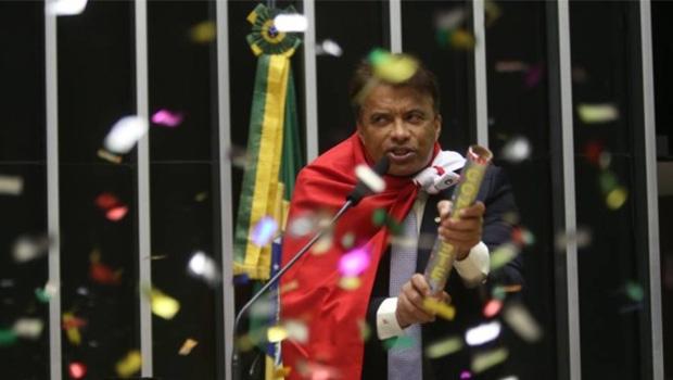 Wladimir Costa, o deputado do rojão de confetes:no Pará, é acusado de desvio de recursos da Secretaria de Esportes para a ONG que dirige | Foto: Antônio Barboza/Divulgação