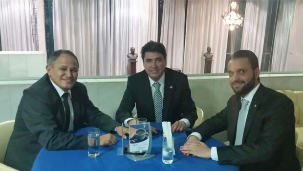 Carlos Antônio, Wilder Morais e Alexandre Baldy: união para derrotar o PT de Anápolis