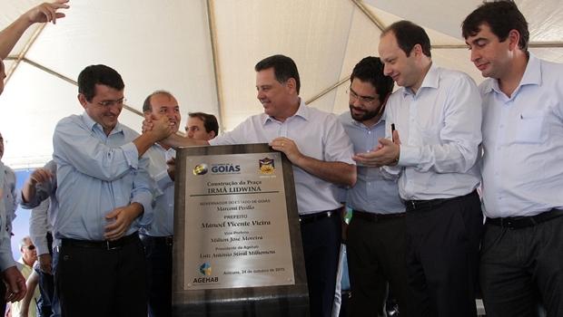 Governador faz inauguração do Vapt Vupt de Anicuns, que está em funcionamento desde dezembro | Foto: Marco Monteiro