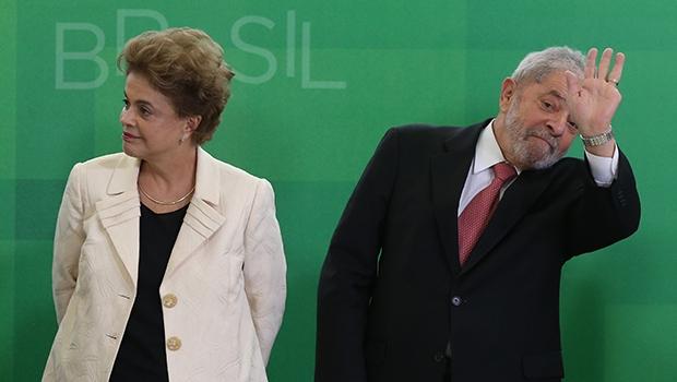 Dilma Rousseff e Lula da Silva: a presidente está praticamente no fim, e não tem salvação política, mesmo que continue no poder. O segundo ainda tem algum futuro, mas precisa trabalhar para reverter o discurso do ódio que agora volta-se contra ele próprio. O ex-presidente parece não perceber sua grandeza histórica | Foto Lula Marques/Agência PT