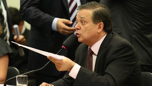 Veja na íntegra relatório de Jovair Arantes pela admissão do impeachment de Dilma