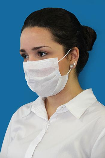 Máscaras hospitalares, famosas em 2009 durante a primeira epidemia de gripe A, devem voltar a ser itens obrigatórios nas grandes cidades. O motivo: prevenção contra a doença   Foto: Reprodução