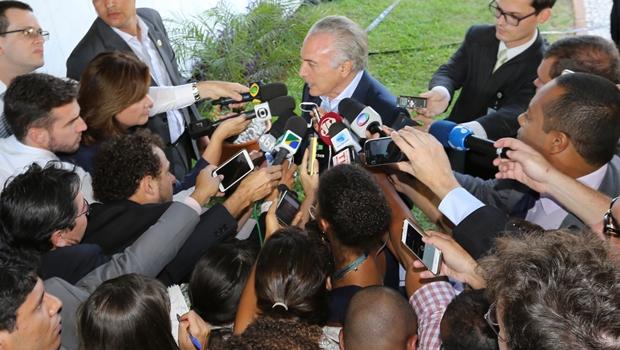 Brasil não merece ser desqualificado com agressões à Vice-Presidência, diz Temer