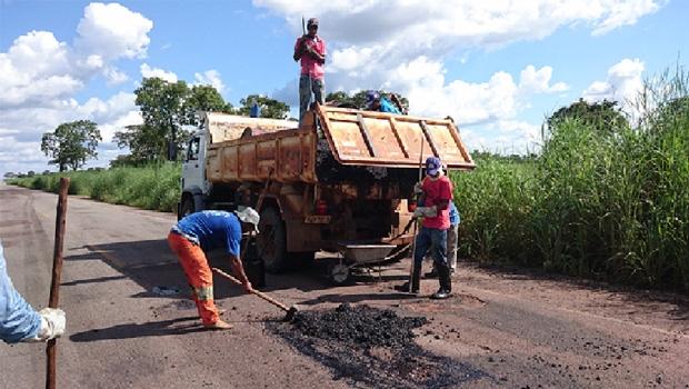 Tapa-buracos recupera mais de 200 km: mais segurança para os motoristas   Foto: Divulgação