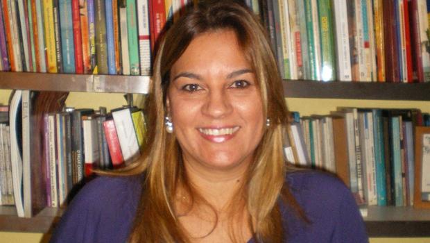 Eltânia André e a literatura vista pelo olhar feminino