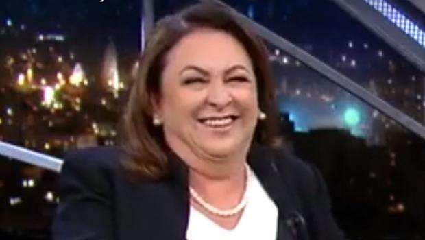 """Kátia Abreu sobre Serra: """"Faria de novo, mas com um vinho mais barato"""""""