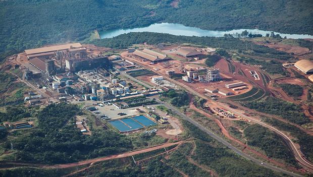 Votorantim assina protocolo de intenções para criar área de preservação em Niquelândia
