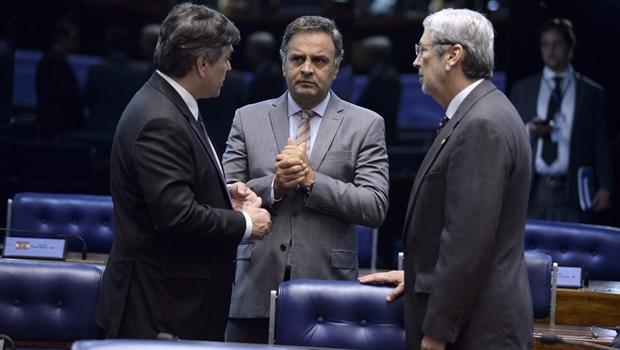 Procurador-geral da República pede que investigação contra Aécio seja desarquivada