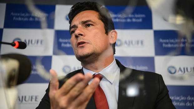 Moro determina que Planalto analise bens apreendidos de Lula