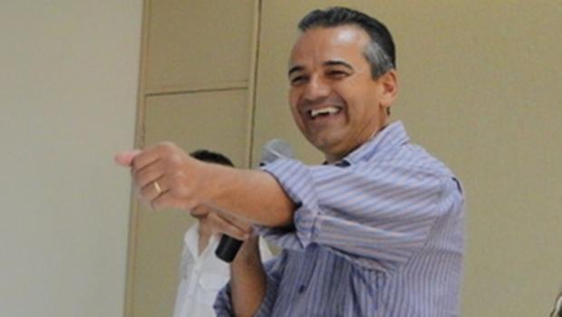 Humberto Machado é prefeito de Jataí